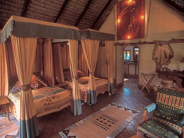 Chui Lodge - Bedroom1
