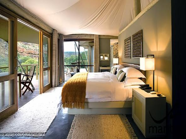 Dwyka Tented Lodge - Bedroom1
