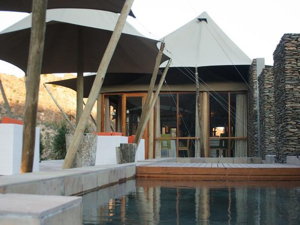 Dwyka Tented Lodge - Pool2