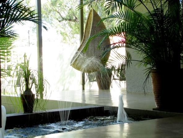 Elegant Guesthouse - fountain