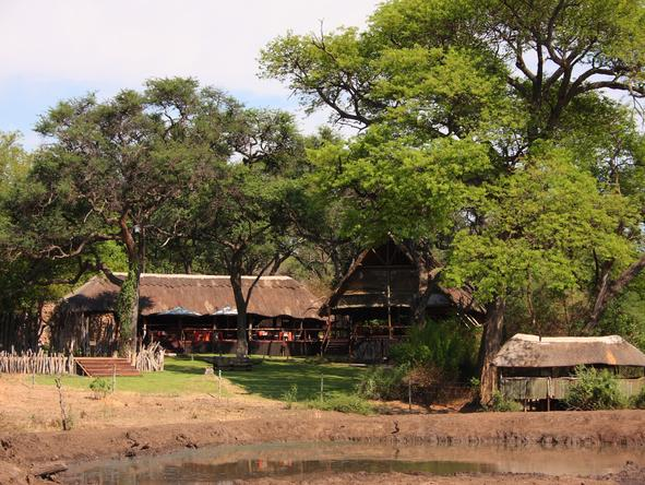 Elephant Valley Lodge - Exterior