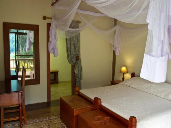 Engagi Lodge - Bedroom2