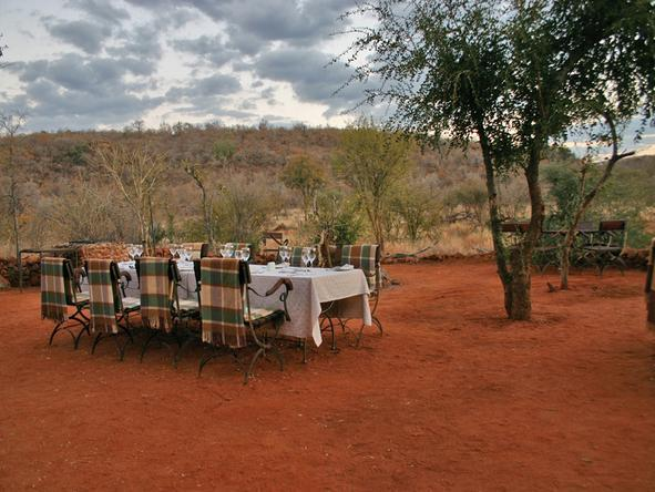 Etali Safari Lodge - Dining