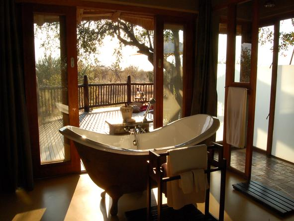 Etali Safari Lodge - Bathroom