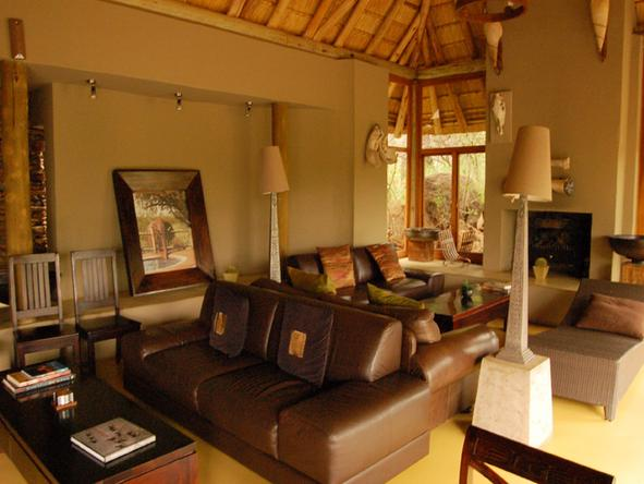 Etali Safari Lodge - Lounge