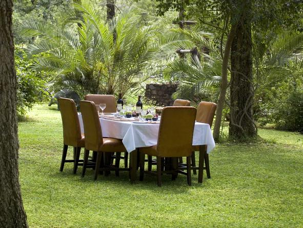 Exeter Dulini Private Game Lodge - Dining