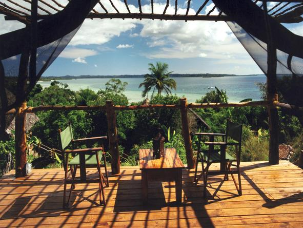 Fundu Lagoon - Private Deck