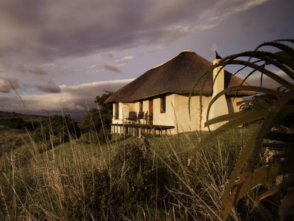 Hlosi Game Lodge - Exterior