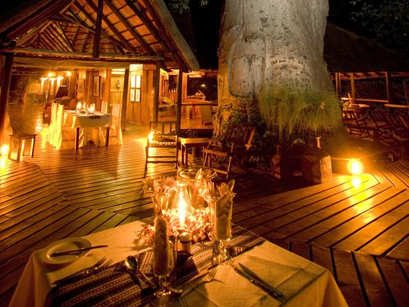 Impalila Island Lodge - Outside Dining