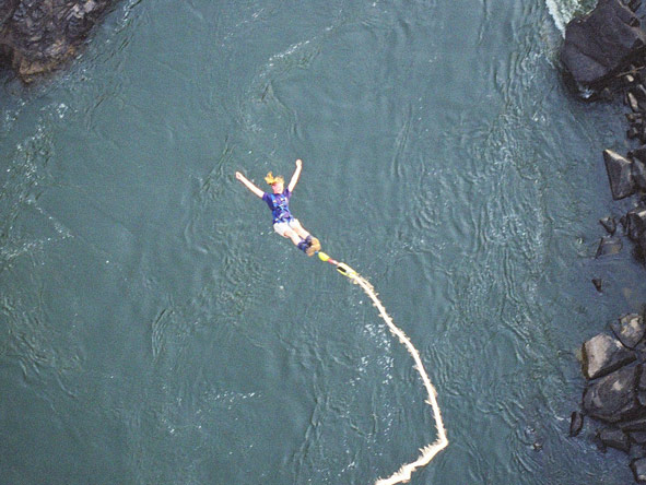 Ingrid de Wet - bungee!