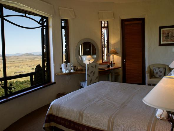 Isandlwana Lodge - Bedroom1