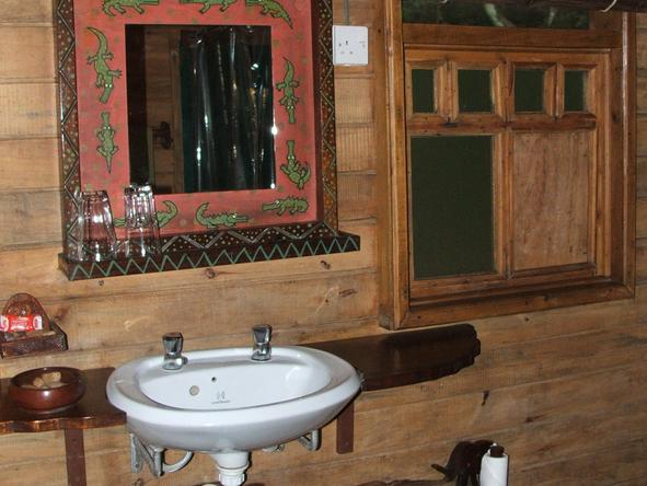 Jacana Safari Lodge - Bathroom