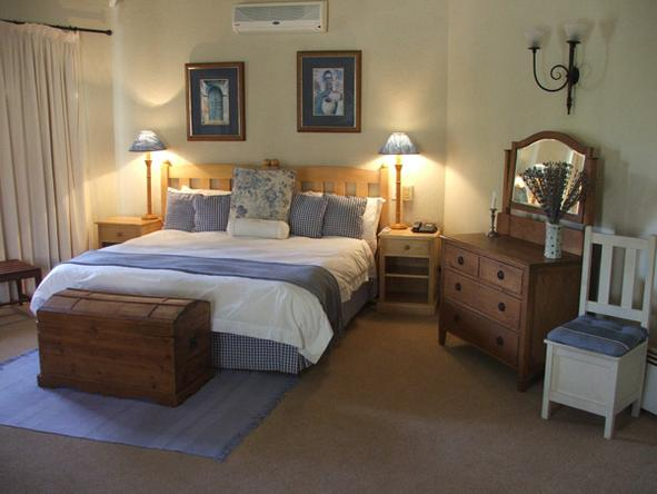 Jatinga Country Lodge - Bedroom2
