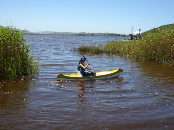 Jehan Begg - conquering her canoe on the Breede River