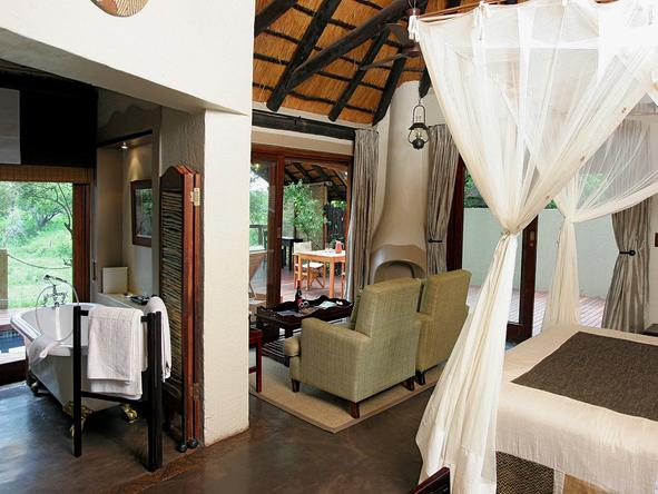 Jock Safari Lodge - Bedroom