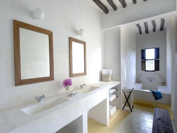 Kizingoni Beach Houses - Bathroom