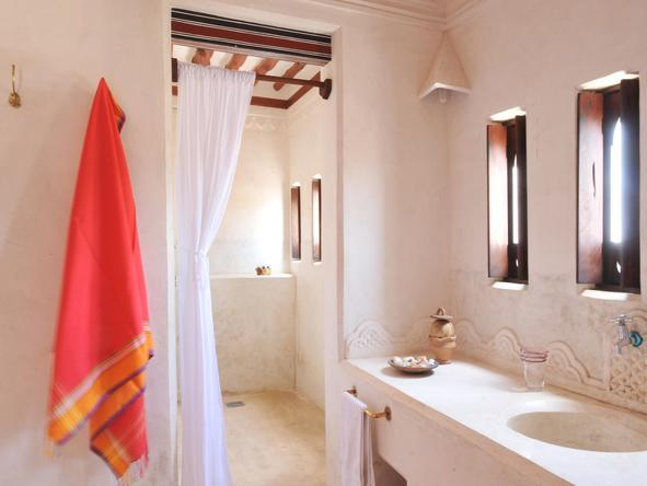 Lamu House - Bathroom