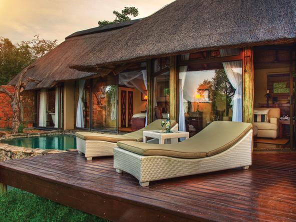 Leopard Hills Private Game Reserve - deck and plunge pool