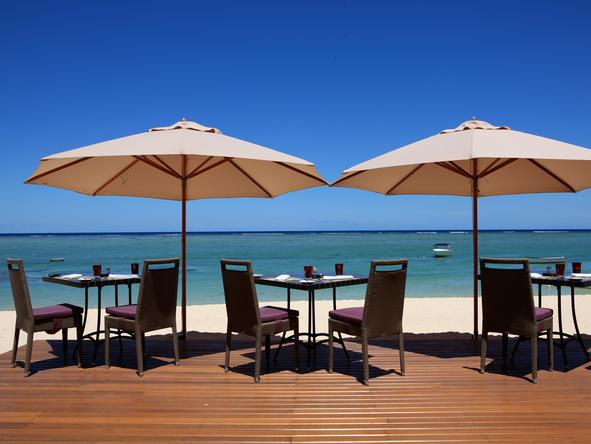 LUX Le Morne - deck on the beach