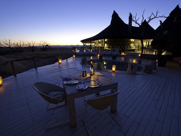 Little Kulala Lodge - dining on deck