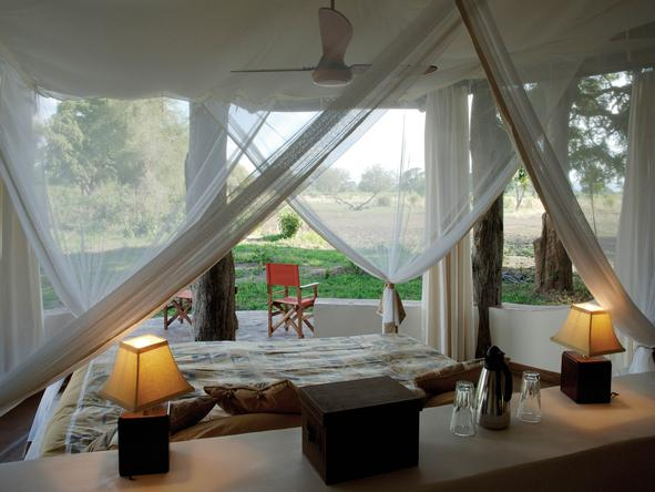 Luangwa Safari House - Bedroom1