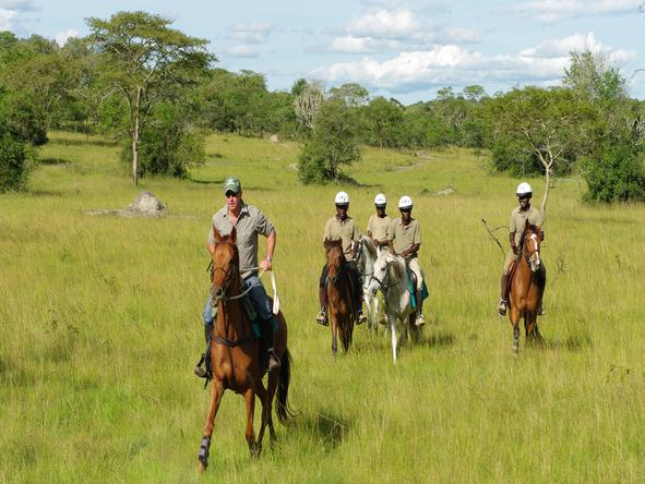 Mihingo Lodge - Horse Riding
