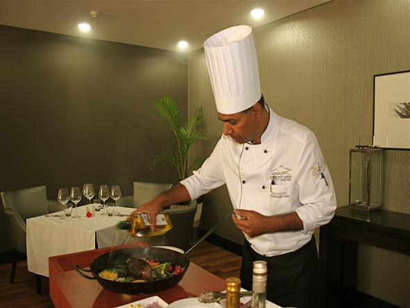 Mount Meru Hotel - Food