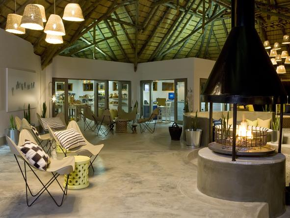 Mushara Bush Camp - Lounge