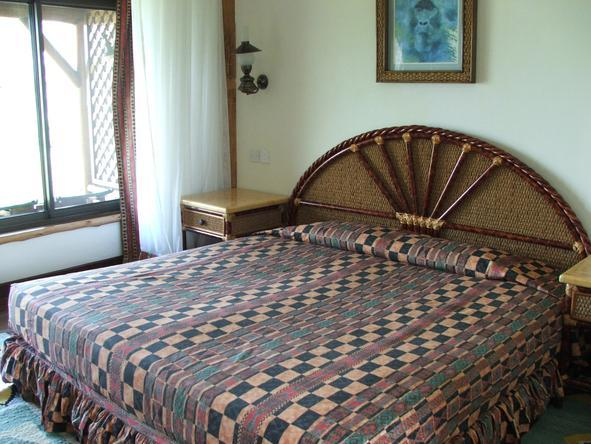 Mweya Safari Lodge - Bedroom