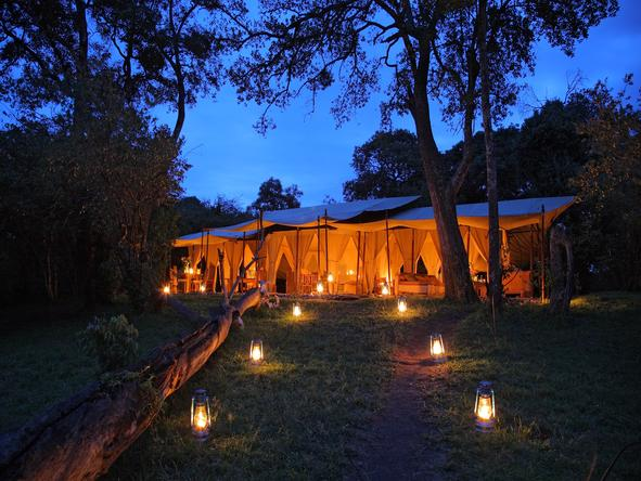 Naibor Luxury Camp - Night