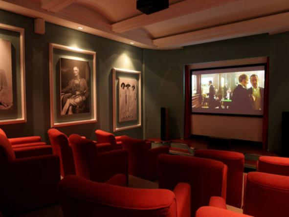 No.5 Boutique Art Hotel - Cinema