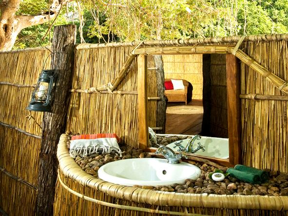 Nsolo Bush Camp - bathroom