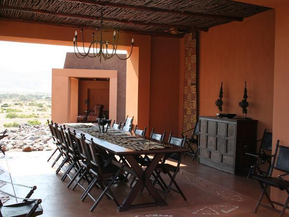 Okahirongo Elephant Lodge - Dining Room