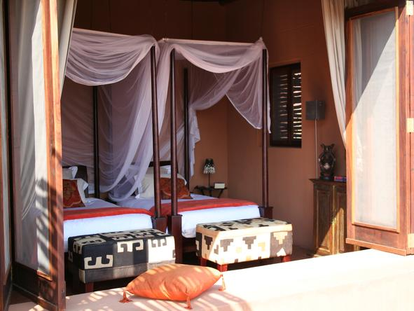 Okahirongo Elephant Lodge - Bedroom2