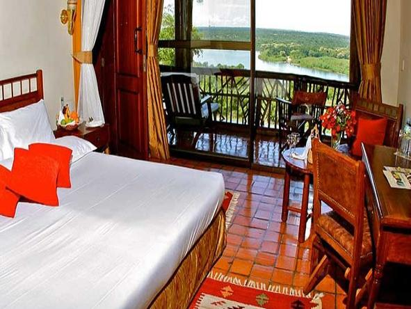 Paraa Safari Lodge - Bedroom