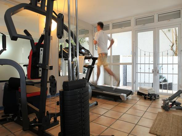 Periwinkle Guest Lodge - Gym