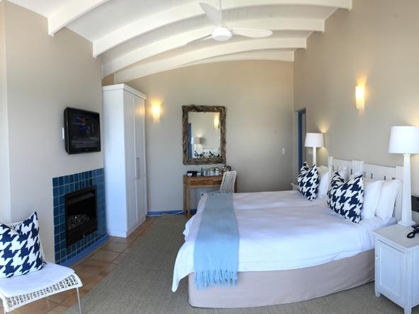 Periwinkle Guest Lodge - Bedroom2