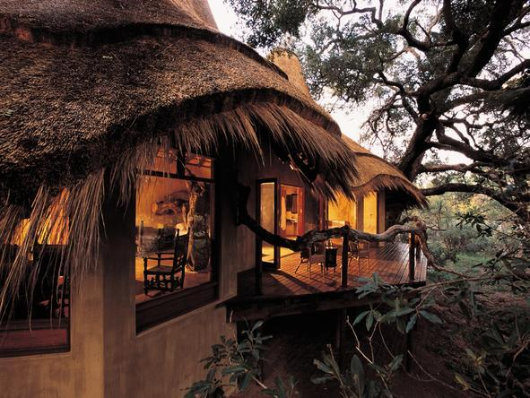 Pondoro Game Lodge - Lodge