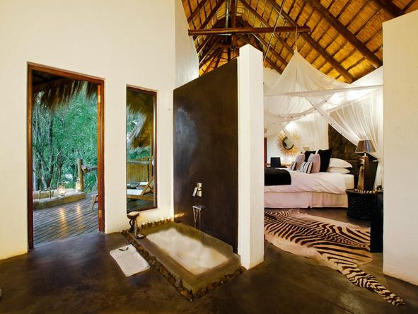 Pondoro Game Lodge - En Suite