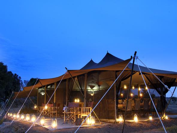 Porini Lion Camp - Camp