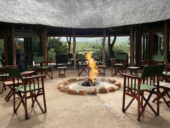 Pumba Msenge Bush Lodge - Boma