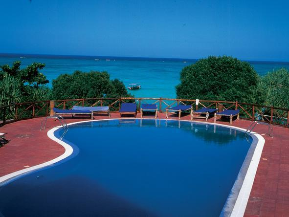 Ras Nungwi Beach Hotel - Pool2