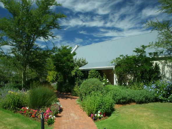 River Bend Country Lodge - Garden