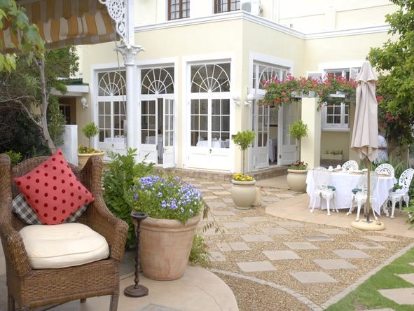 River Manor Boutique Hotel and Spa - Dining