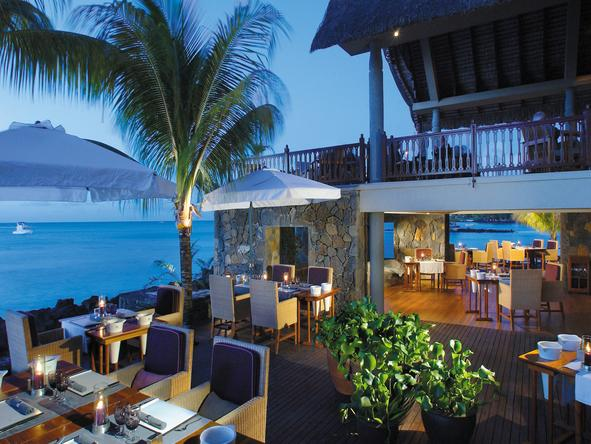 Royal Palm Hotel - deck dining