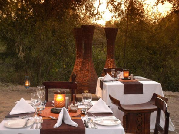 Sabi Sabi - Little Bush Camp - Dining