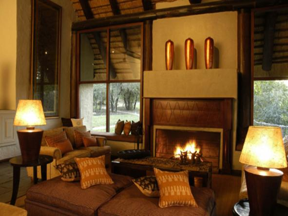 Sabi Sabi - Little Bush Camp - Lounge