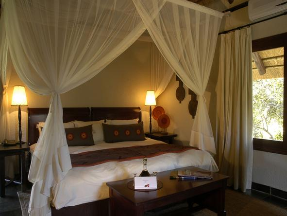 Sabi Sabi - Little Bush Camp - Bedroom