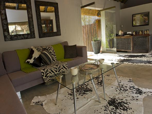Sabi Sabi Bush Lodge - Lounge1