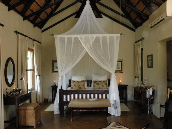 Sabi Sabi Selati Lodge - Bedroom1